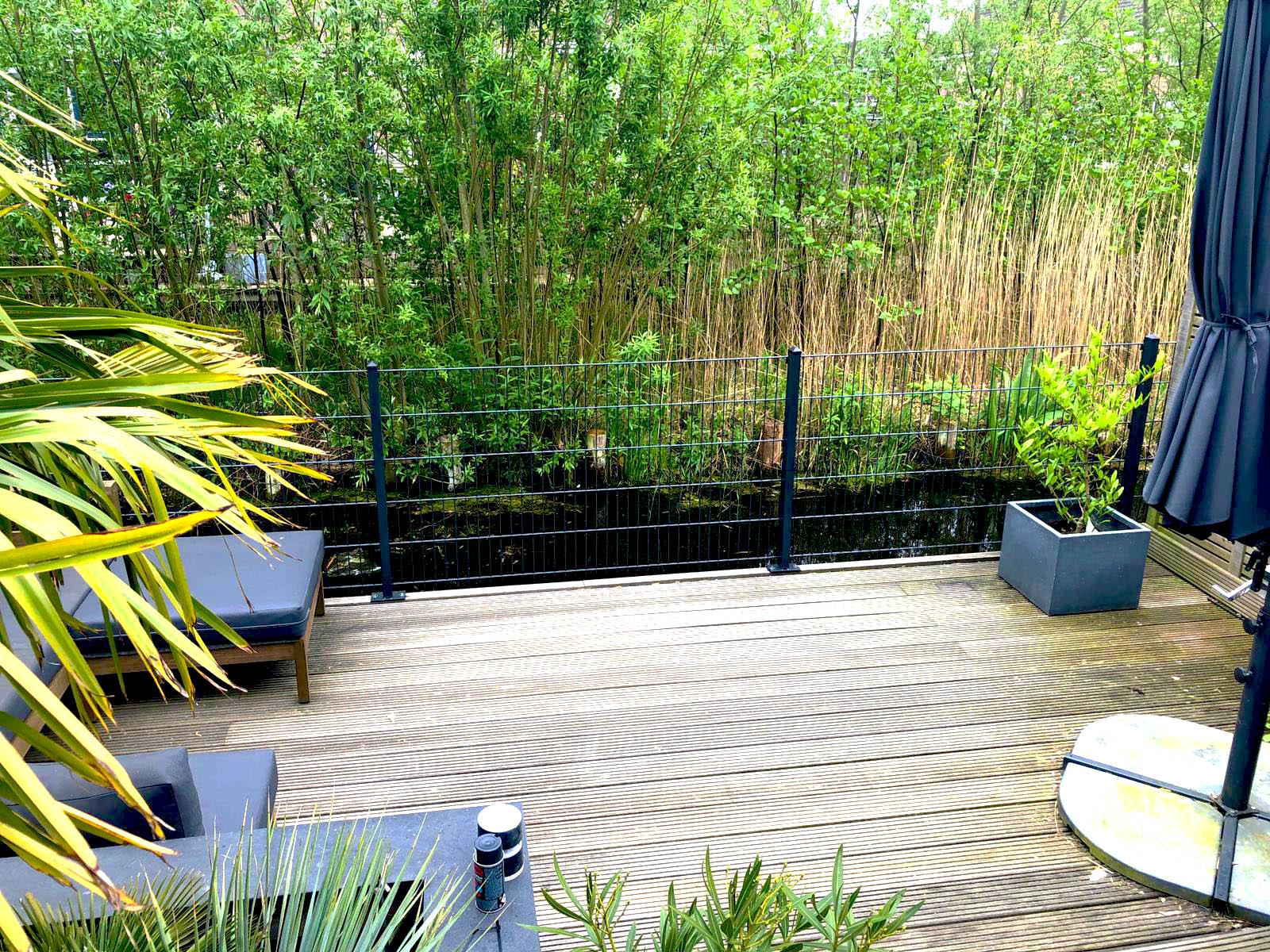 Maak je tuin af met een metalen hek