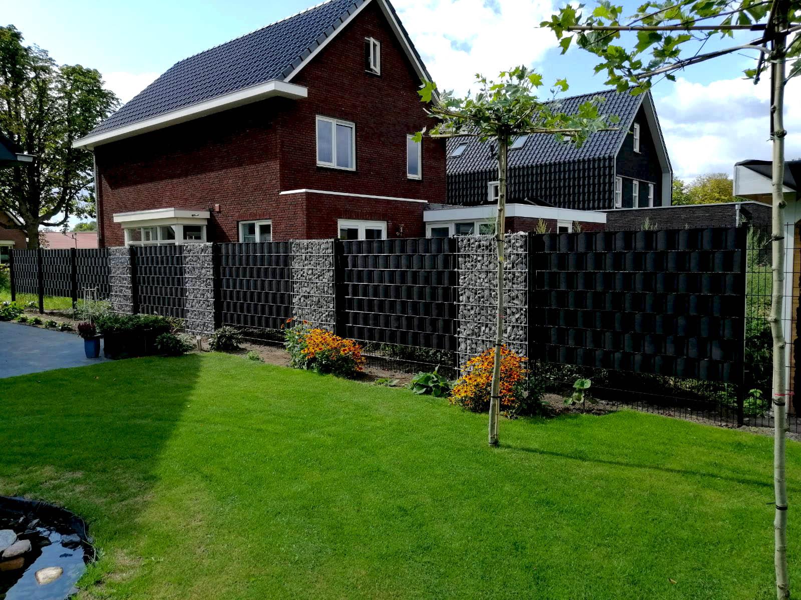 Geluidsbescherming in je eigen tuin - dit zijn de juiste hekken!