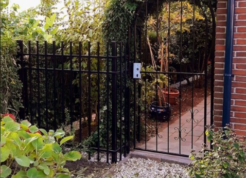 Sierhekwerk in de tuin