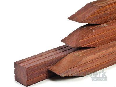 Hardhouten palen 2 6.5 x 6.5 cm 2 v-groeven Bruin