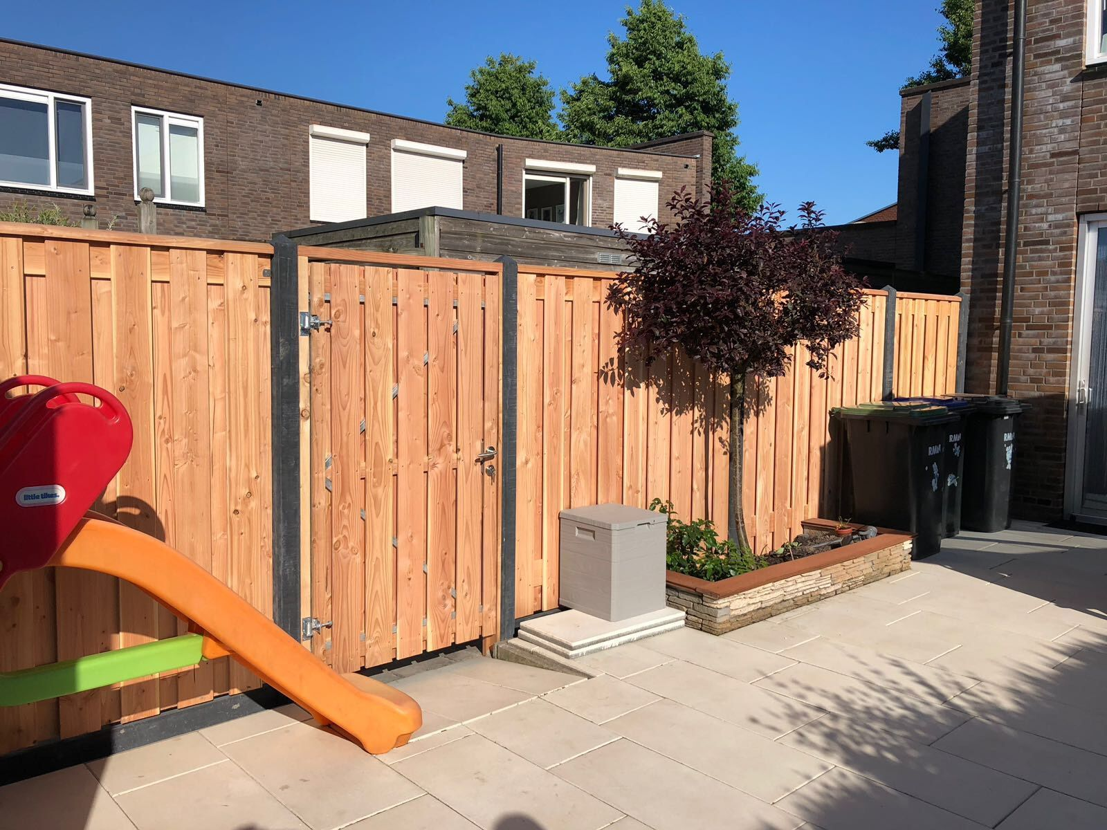 Afbeelding van Douglas poort 190 cm hoog | met stalen frame en RVS slot | verkrijgbaar in twee breedtes